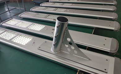 New design of AIO solar street light, New market of your solar Business